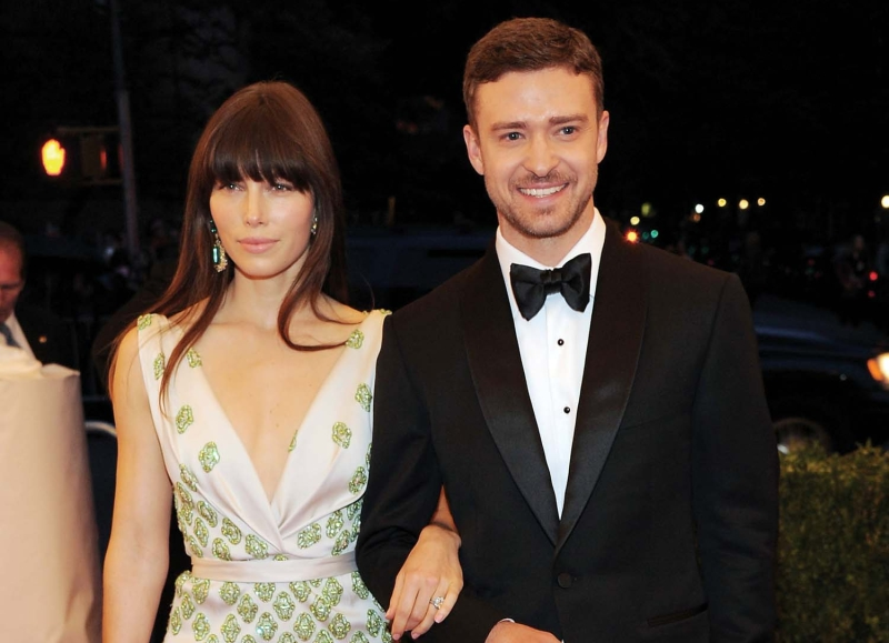 """who is justin timberlake dating right now Now 30, justin timberlake is chilling out """"right now, i'm not in the why do you think we wind up dating each other."""