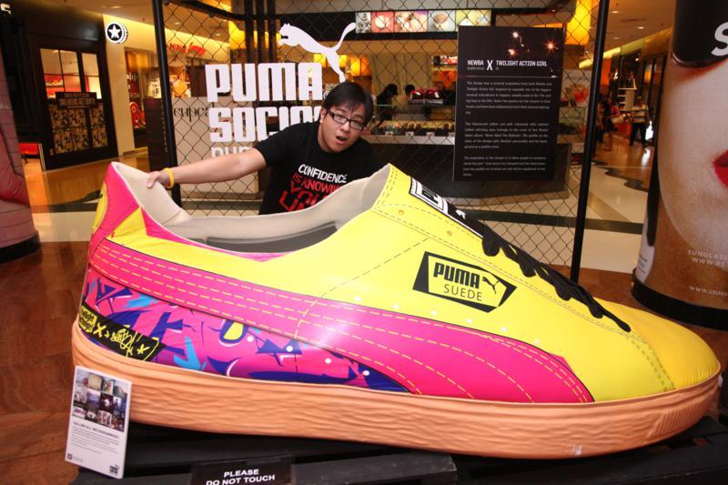 girls suede puma shoes