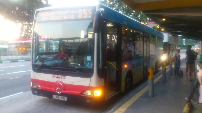 Singapore Bus 855
