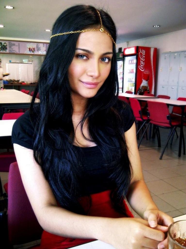 Kilafairy Angelina Jolie