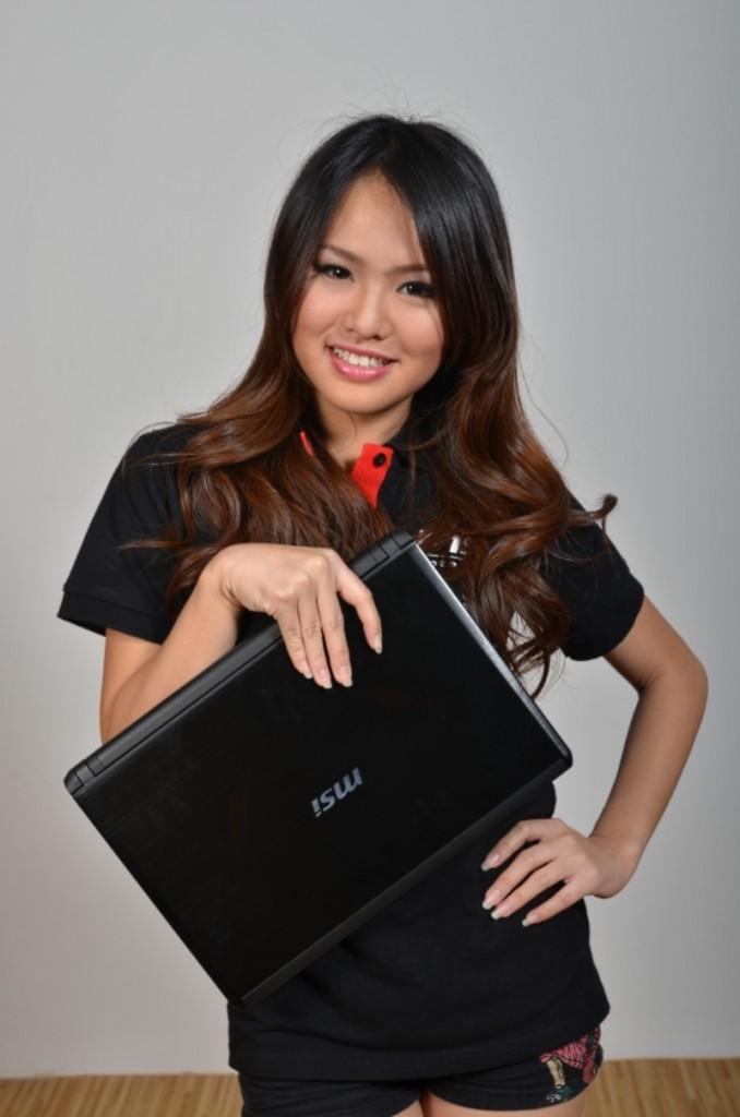 Angeline Tan Jia Xuan, 19