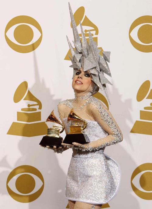 Lady+Gaga+GAGA+GRAMMY+2010