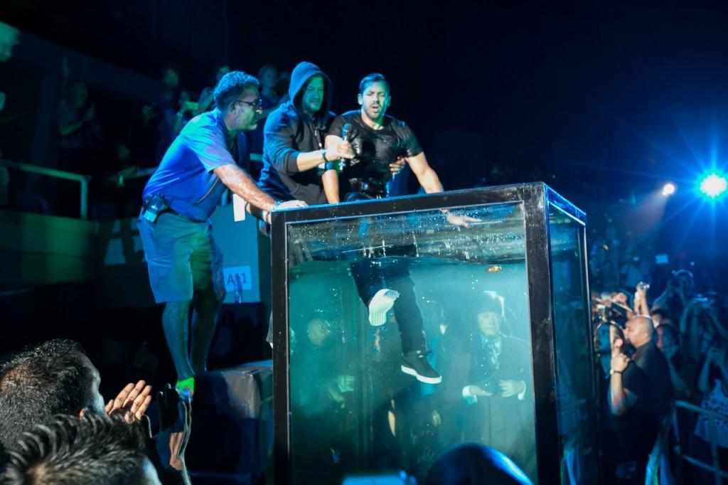 David Blaine Holding Breath Underwater Malaysia