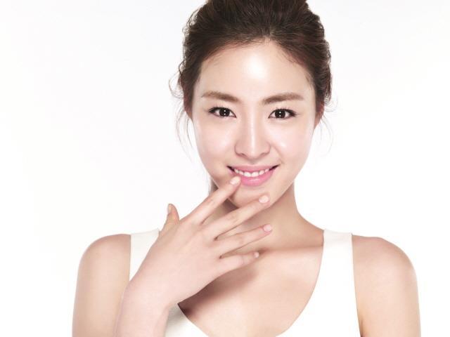 SK-II ambassador Lee Yeon Hee