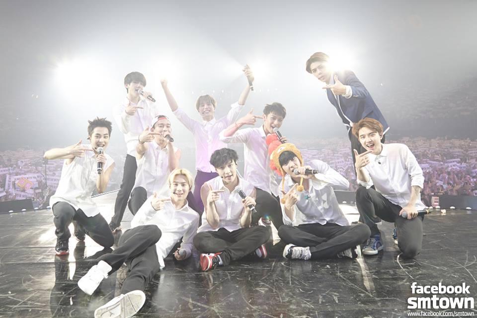 EXO members in 2014