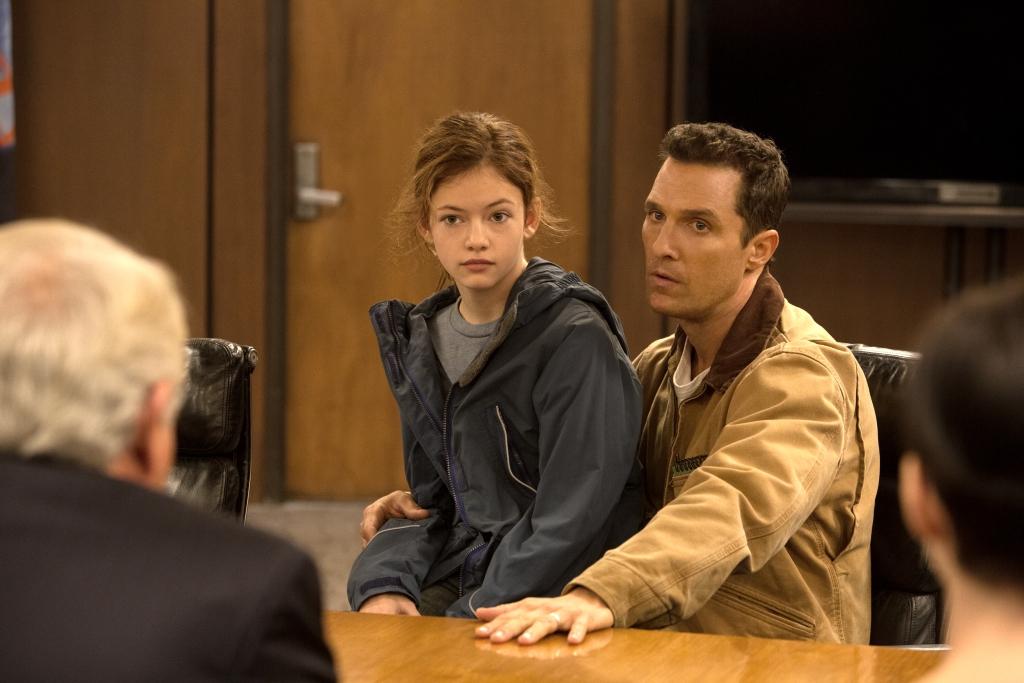 Interstellar Matthew McConaughey and Mackenzie Foy