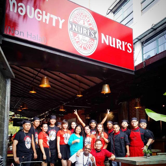 The Naughty Nuri's KL crew with Ibu Nuri (centre)
