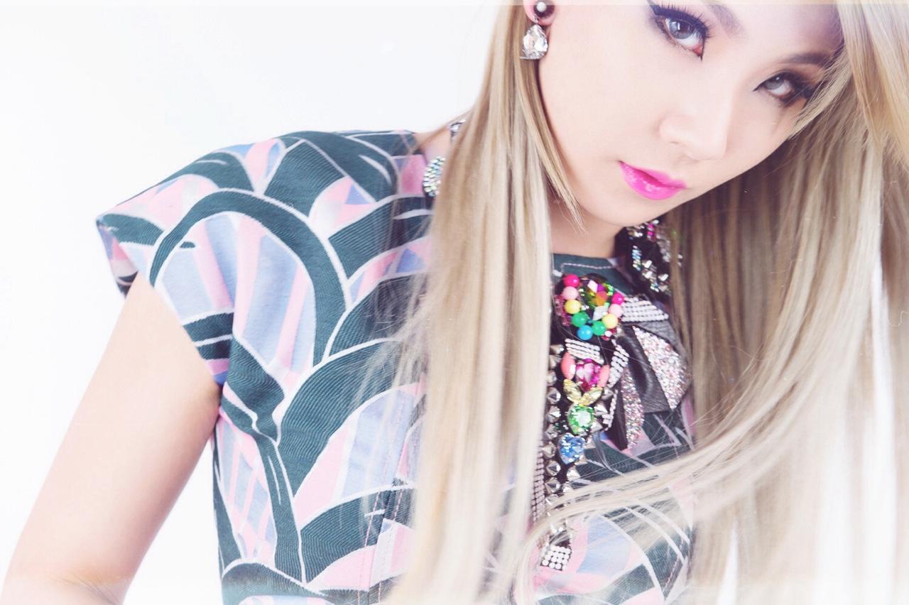 2NE1s CL films 2 music videos in preparation for US debut | SBS PopAsia