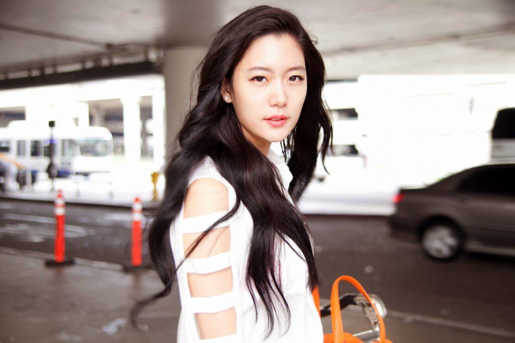 Clara Lee Sung Min