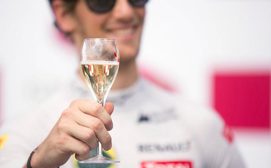 GH MUMM Champagne F1