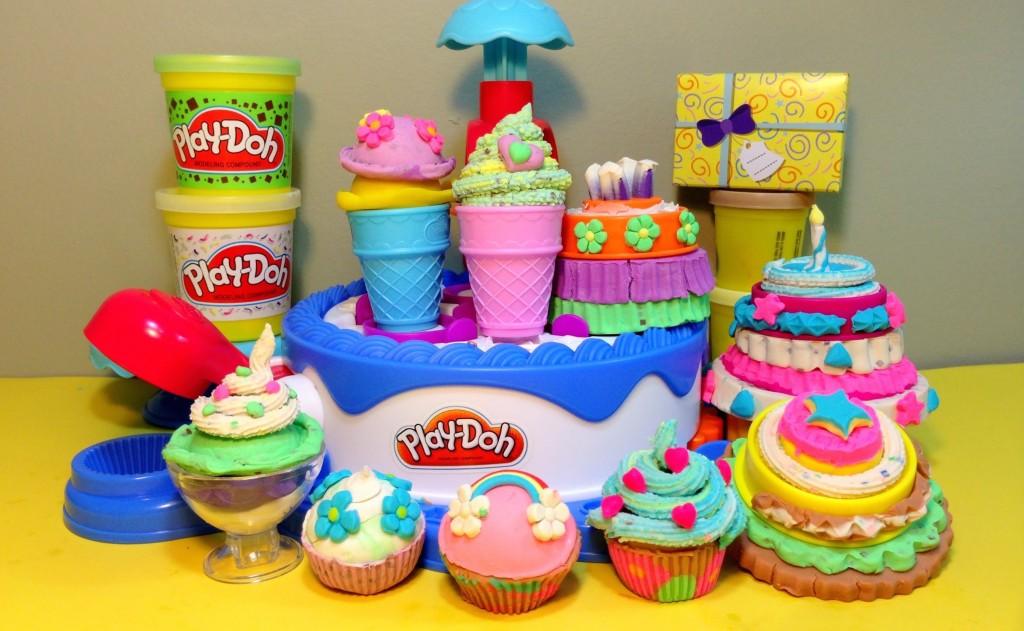 Play-Doh Ice Cream Cake Set