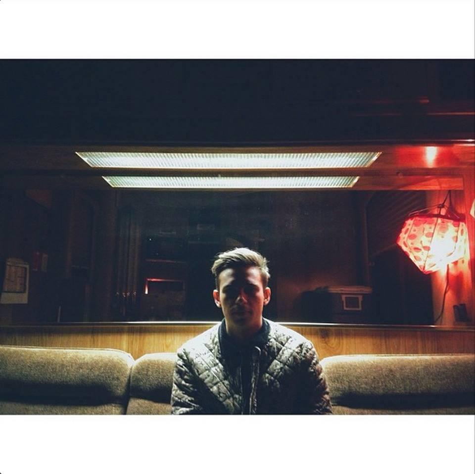 SOURCE: https://instagram.com/flumemusic/