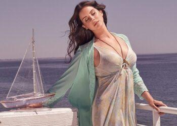 SOURCE: Lana Del Rey's Facebook Page