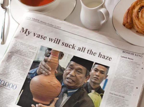 Malaysian Bomoh Vase Suck Haze
