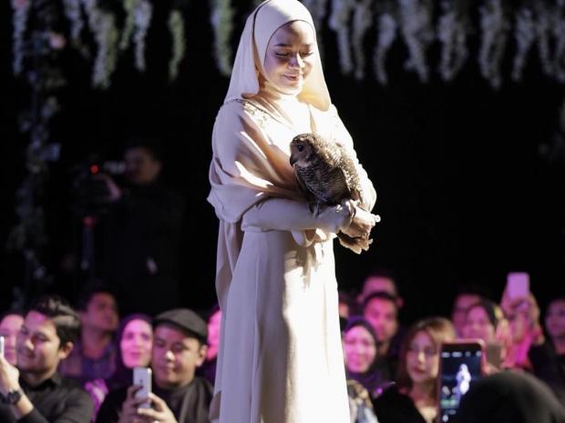 Nora Danish Nun Tudung
