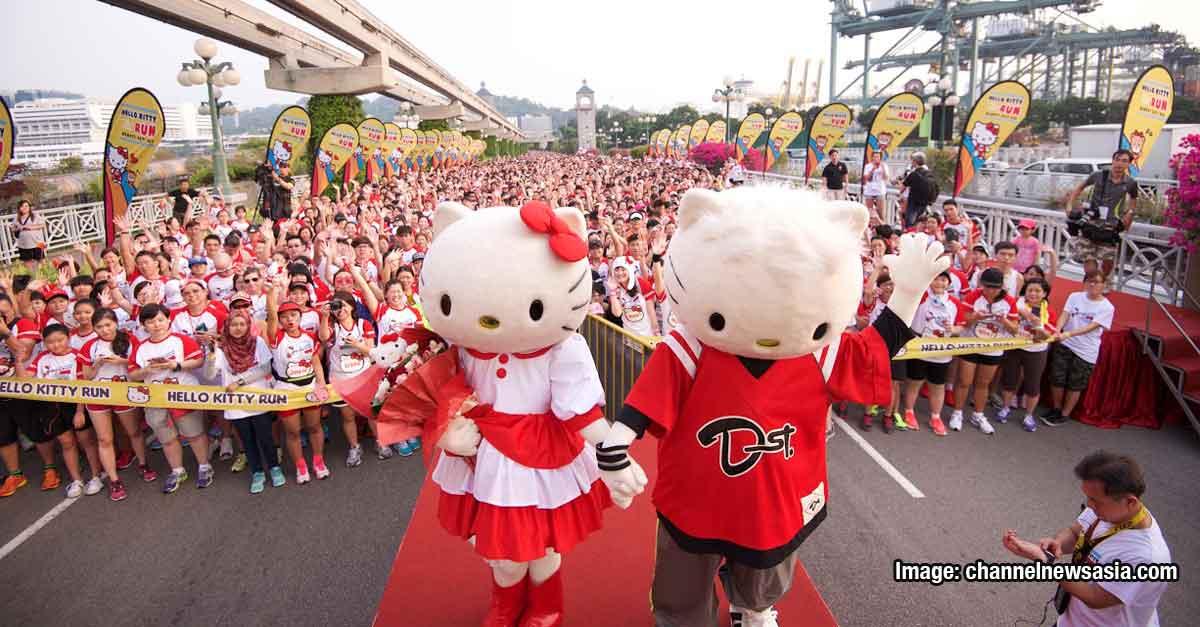 Hellokittyrun Celebrate Christmas With The Japanese