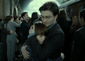 Albus Potter & Harry Potter (Source: Warner Bros. Pictures)