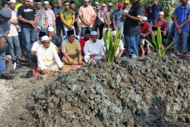 Burial of Datuk Noriah and Asmuni's funeral, Source: The Star