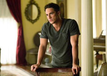 """The Vampire Diaries -- """"The Killer"""" -- Pictured: Michael Trevino as Tyler— Image Number: VD405b_0187.jpg — Photo Credit: Bob Mahoney/The CW -- © 2012 The CW Network, LLC. All rights reserved."""