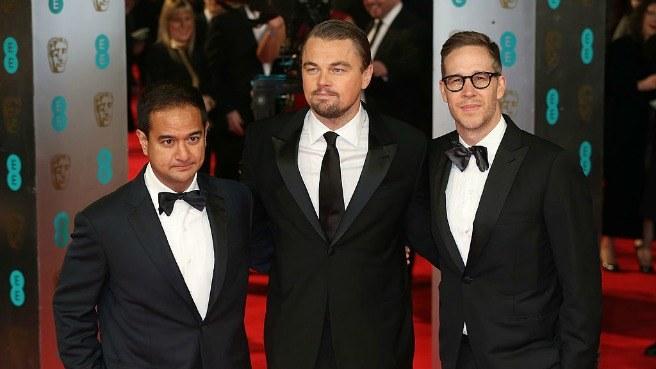 Riza Aziz, Leonardo DiCaprio, & Joey McFarland at the EE British Academy Film Awards 2014. (Source: COED.com)