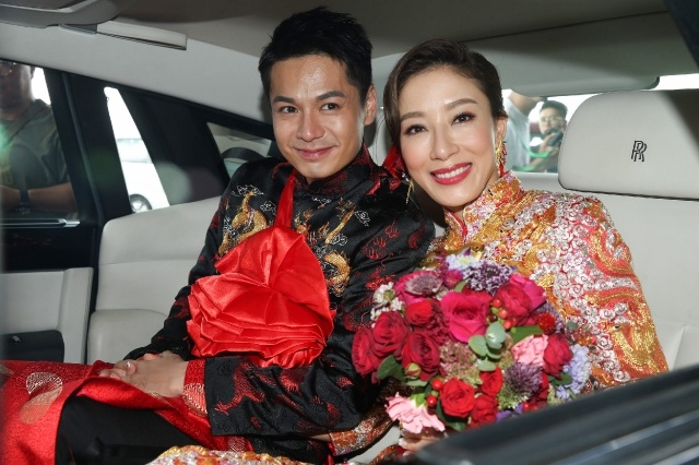 tavia-him-wedding-2