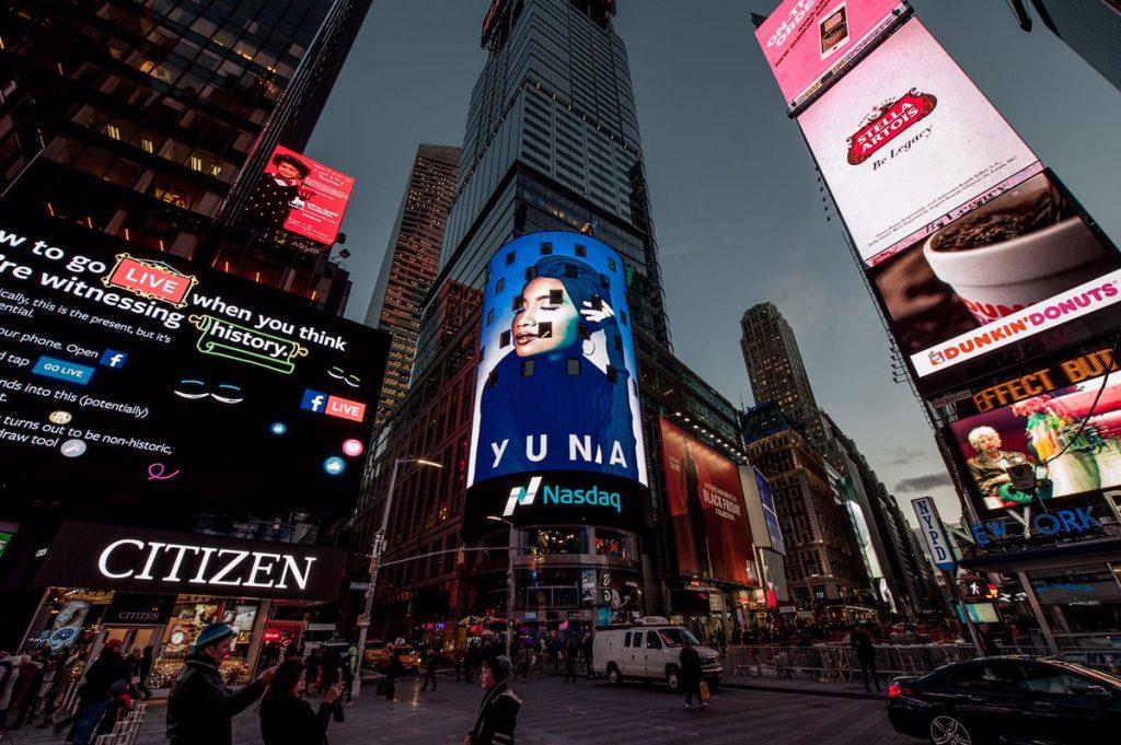 yuna billboard