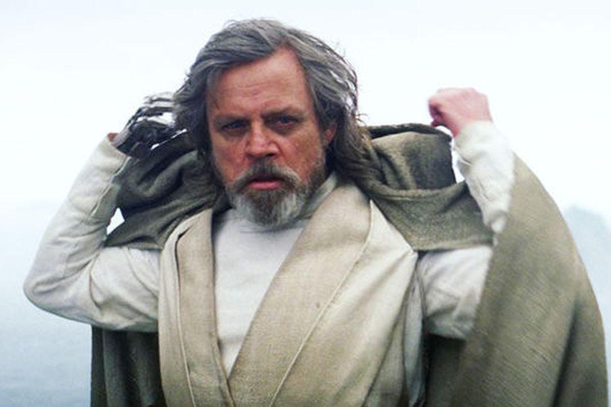Star Wars: The Last Jedi Luke Skywalker